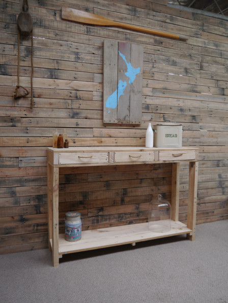 Pallet hall table side table
