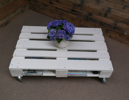 white pallet table